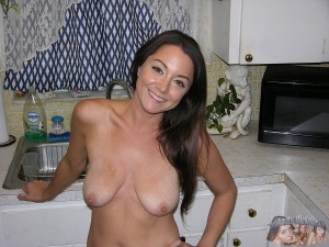 Amateur MILF with Nice Tits