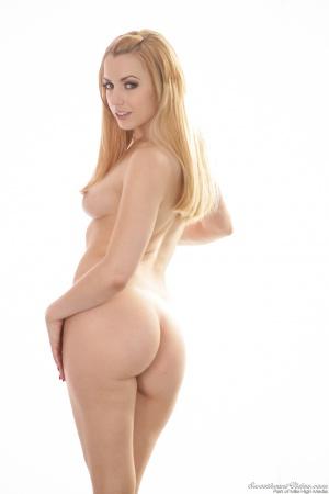 Blonde Teen Cutie with a Huge Bubble Butt