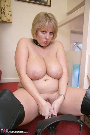 Chubby Homemade Amateur Strap-on Porn
