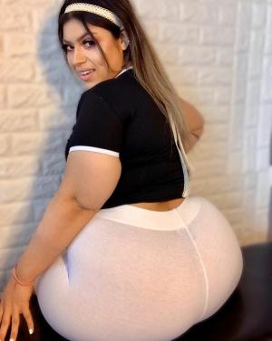 Fat Latina Ass Shake