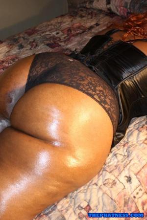 Nicely Oiled Black Chubby Ass