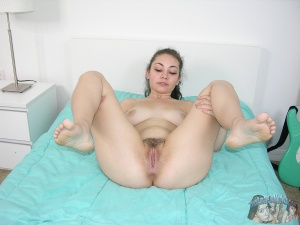 Thick Ass Amateur Teen Spreading
