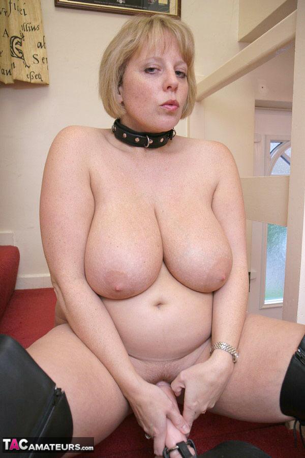 Big Natural Tits Curvy Milf